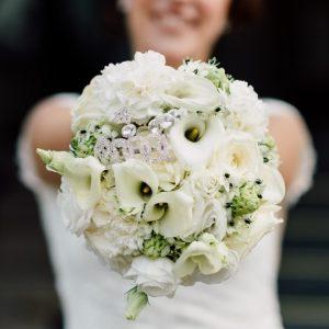 Bouquet Con Calle Rose Ornitogallo E Cristallini 2 107768